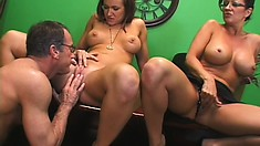 Sara and Bristhole are sharing his cock and he starts licking pussy