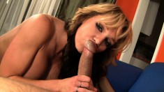 Big tit Nikki Sexx trades oral and gets her bald twat pricked hard