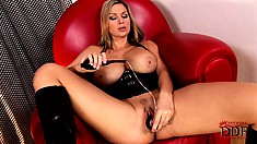 With a sex toy pleasing her ass and cunt, the curvy blonde finds outstanding pleasure